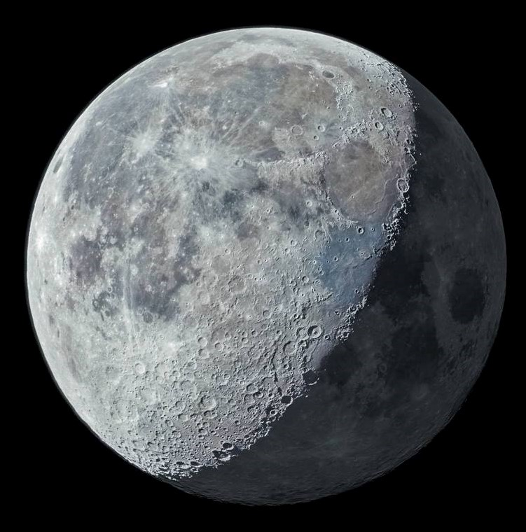 A detailed composite image of the Moon taken by Talha Zia