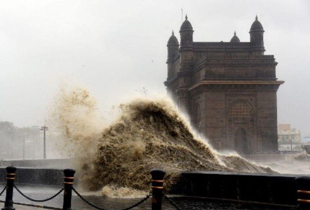 Tauktae - Waves engulfing pavement at the historic Gateway of India in Mumbai. Source: Mid Day Magazine