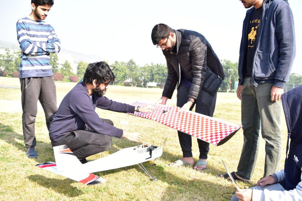 Pakistan's Team Foxtrot bags awards at IMechE UAS Challenge