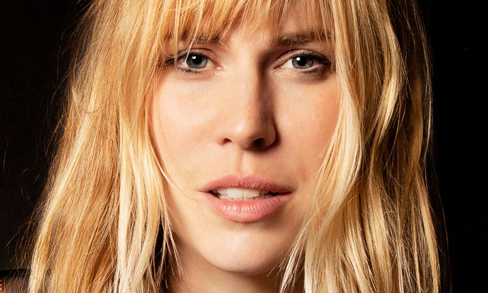 Natasha Bedingfield is back!!! New album next month, new single right literal now
