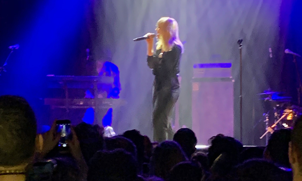 I saw Natasha Bedingfield in concert for the first time and… it was surprisingly emotional