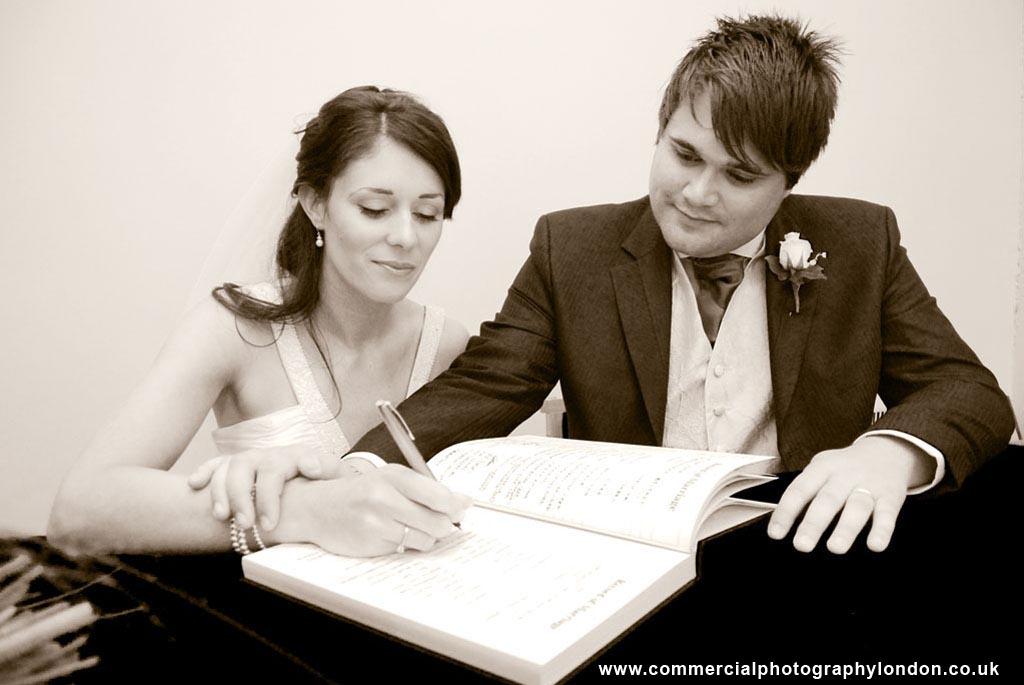wedding photographer london portfolio photograph 5
