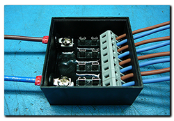 Power distribution box 50x50x25