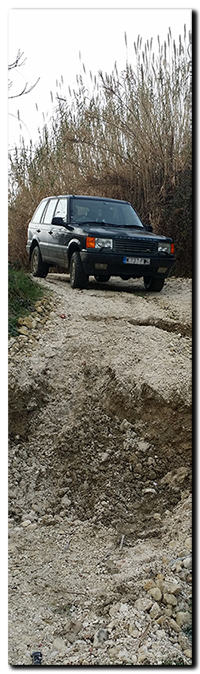 Civitaquana, Abruzzo - Cda di Ginestre road (strada) subsidance & landslide