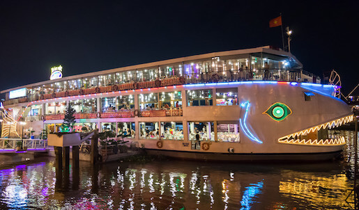 You need an alcohol licence for a floating restaurant like this