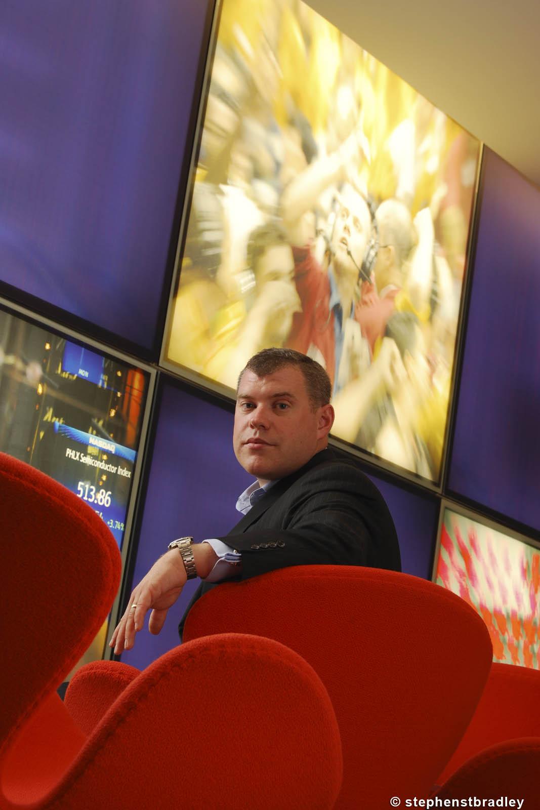 Editorial photographer Dublin portfolio upright photo 0127 - IT executive Simon Riggs photographed at Reuters, London