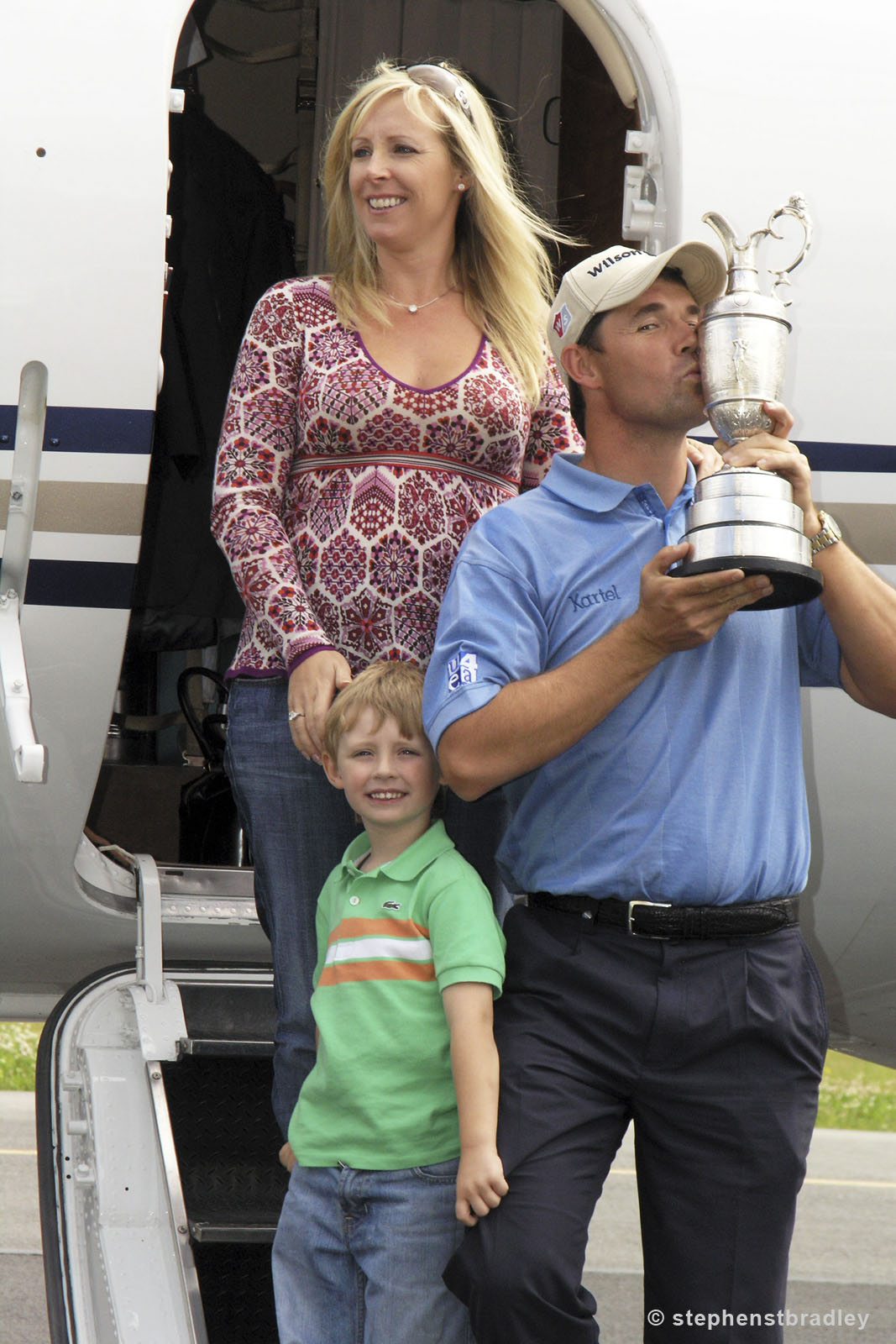 Editorial photographer Dublin portfolio photo 7234957 of Padraig Harrington and family arriving in Ireland after his winning The Open Championship, by Stephen S T Bradley