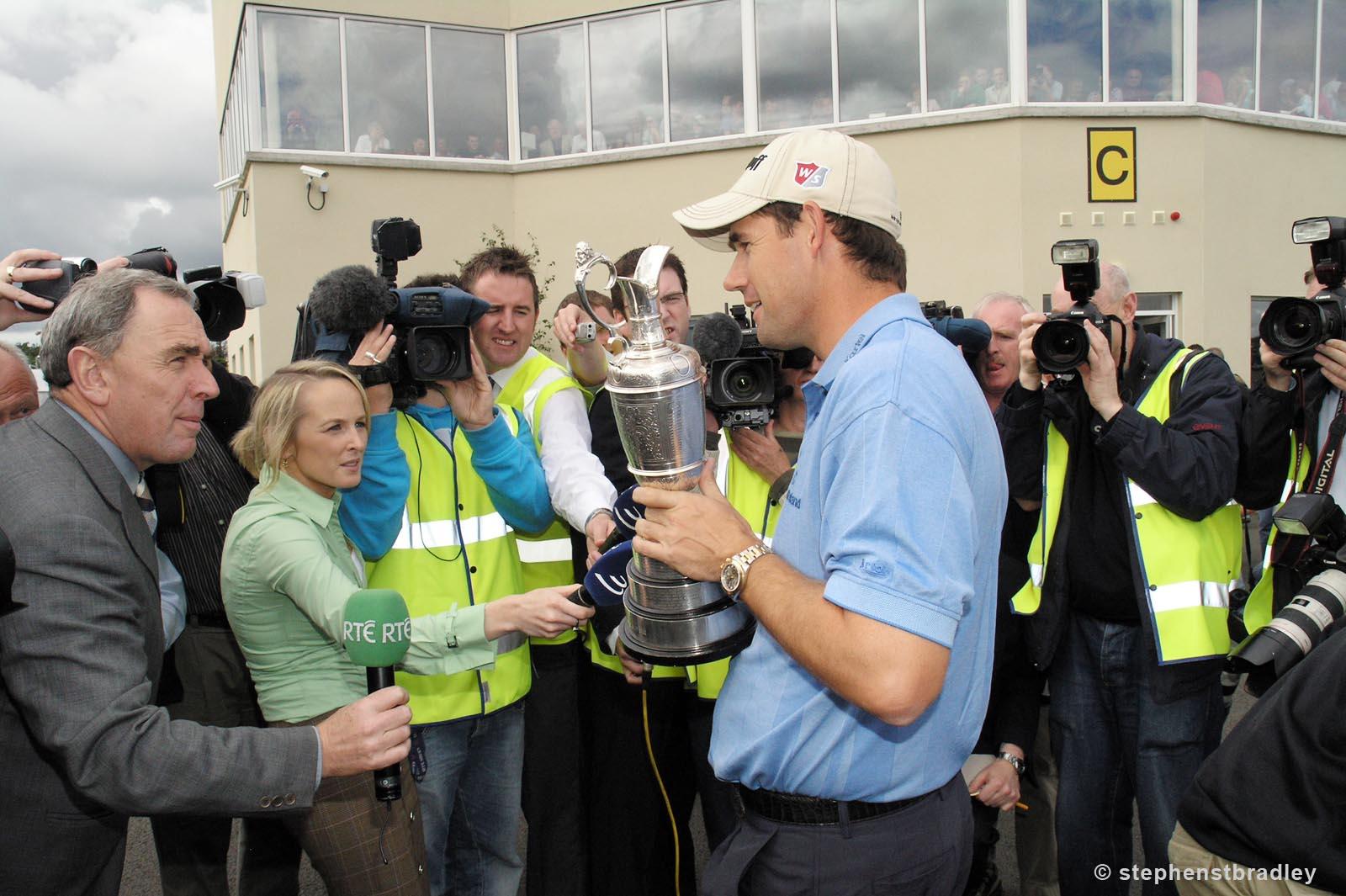 Editorial photographer Dublin portfolio photo 7234963 of Padraig Harrington arriving in Ireland after winning The Open Championship, by Stephen S T Bradley