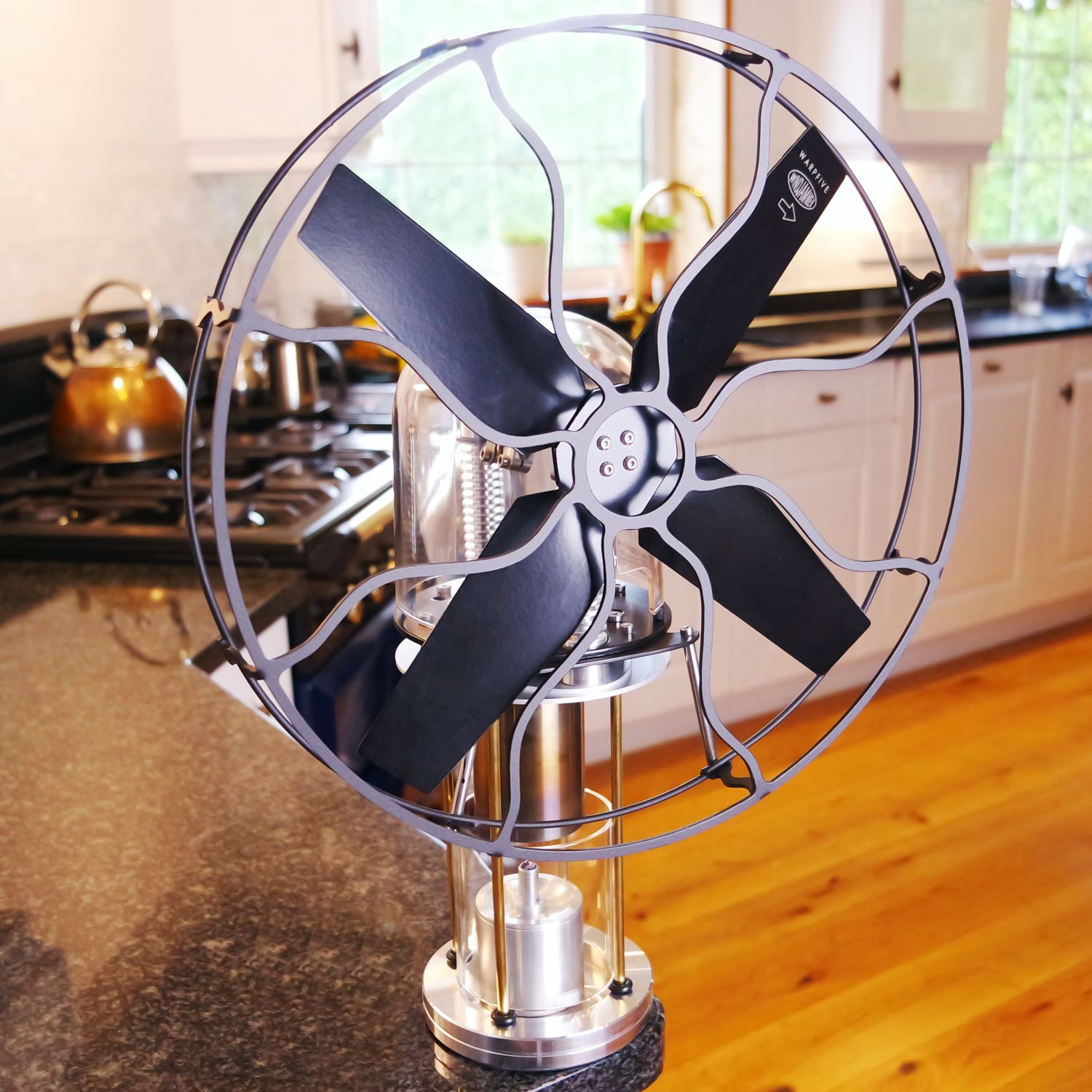 Classic style Stirling engine fan