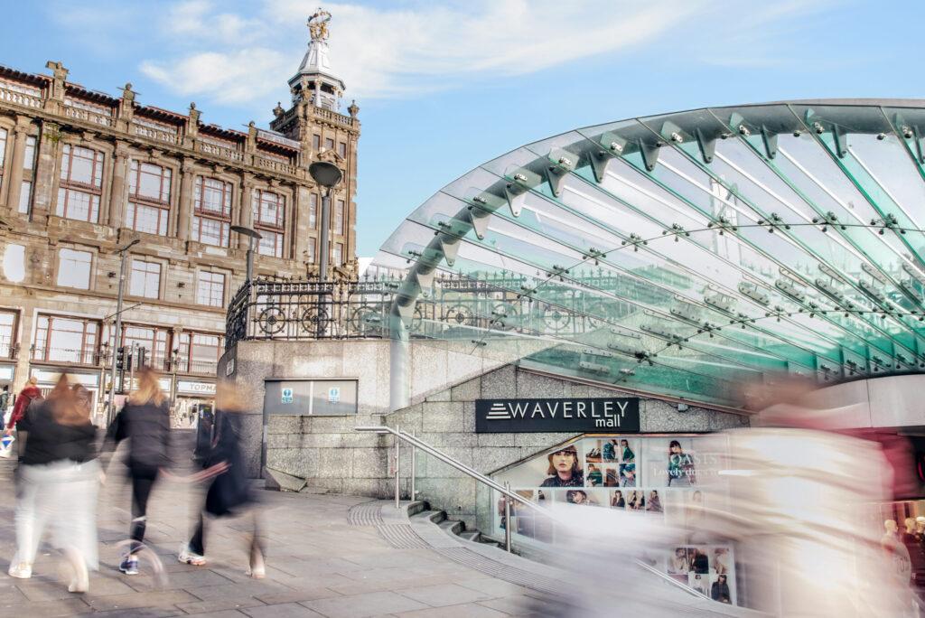 Waverley-mall-in-edinburgh-1-gemma-wilson-pr