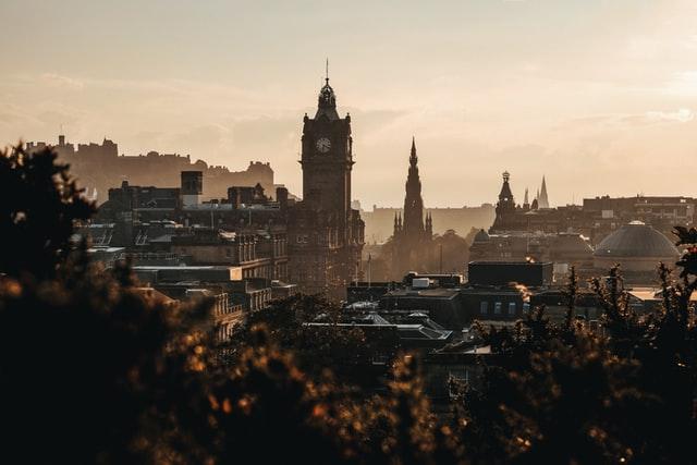 edinburgh scotland skyline of clock and castle