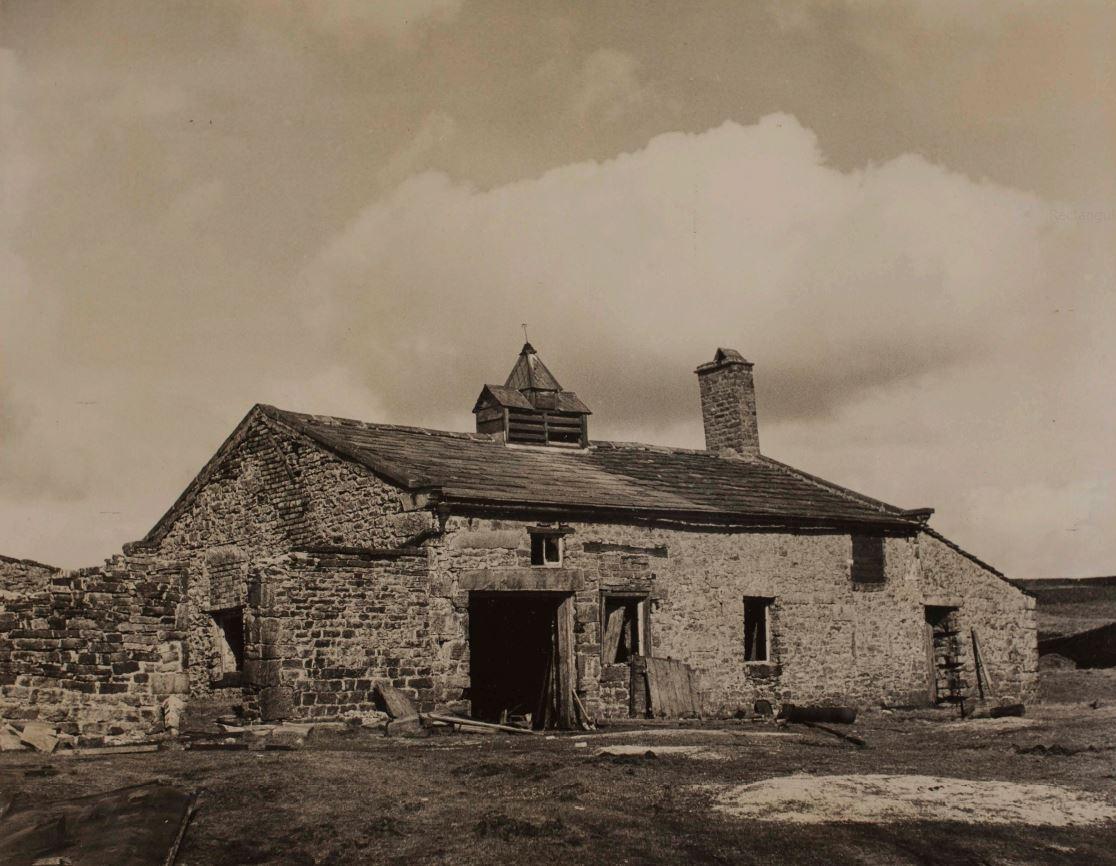 Smithy at Yarnbury (J.L.Midgley 1950)
