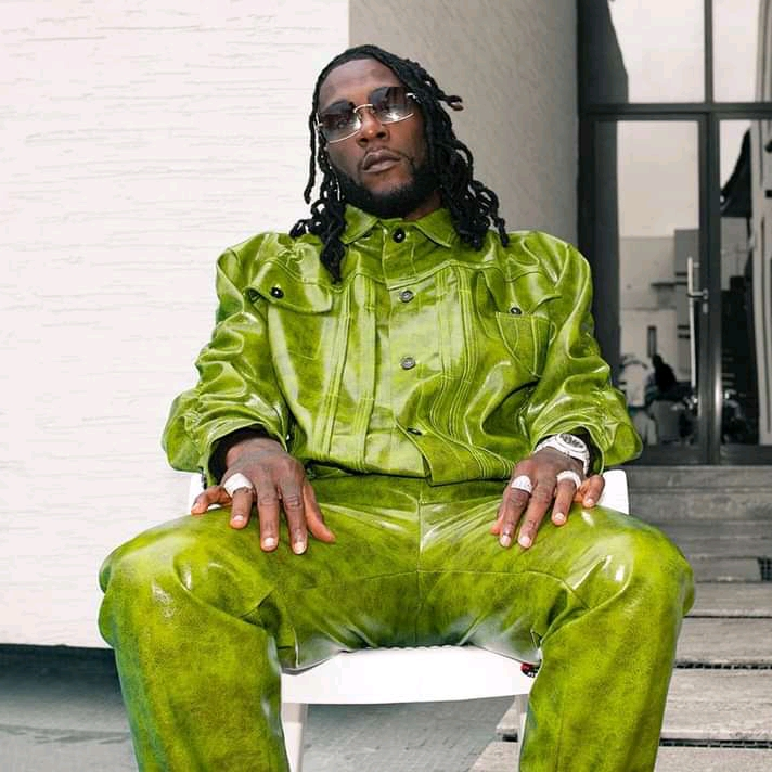 Burna Boy says he wants to be a Billionaire like Diddy.
