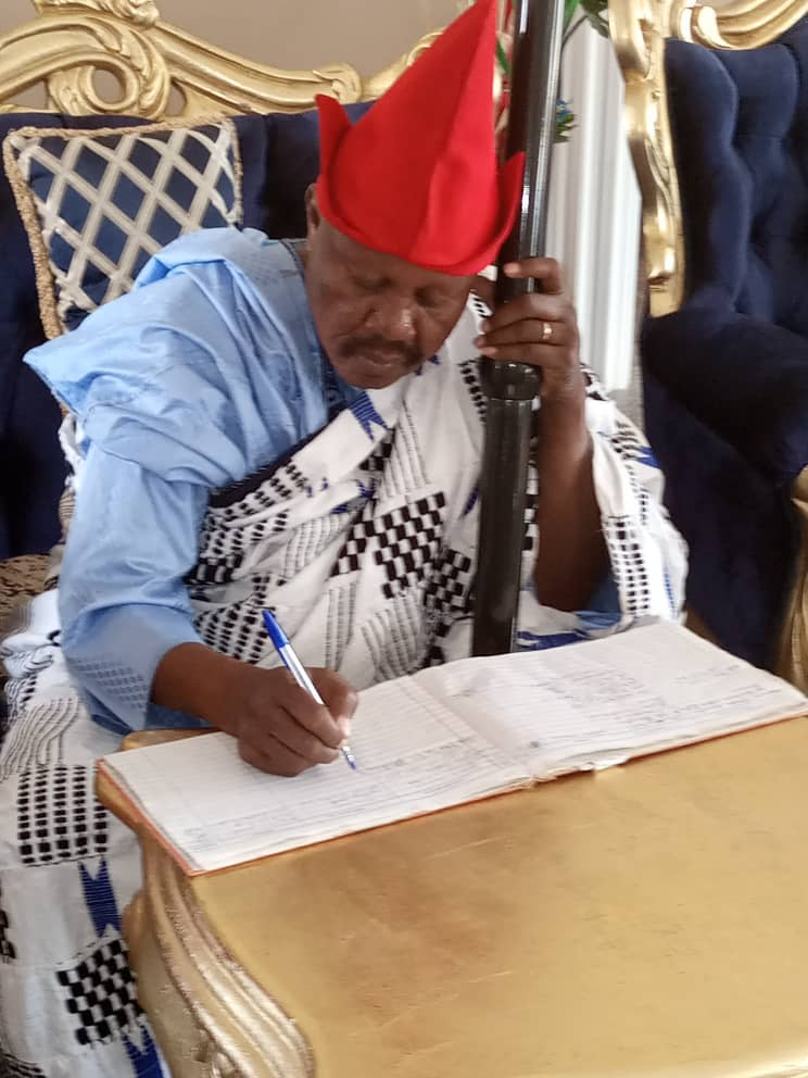 27th Long Kwo, HRH Miskoom Col. Fidelis Attahiru (Rtd) Officially Resumes at Palace in Kwo Amidst Jubilation