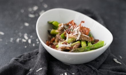 ASPARAGUS & MOREL MUSHROOMS WITH CRISPY PANCETTA