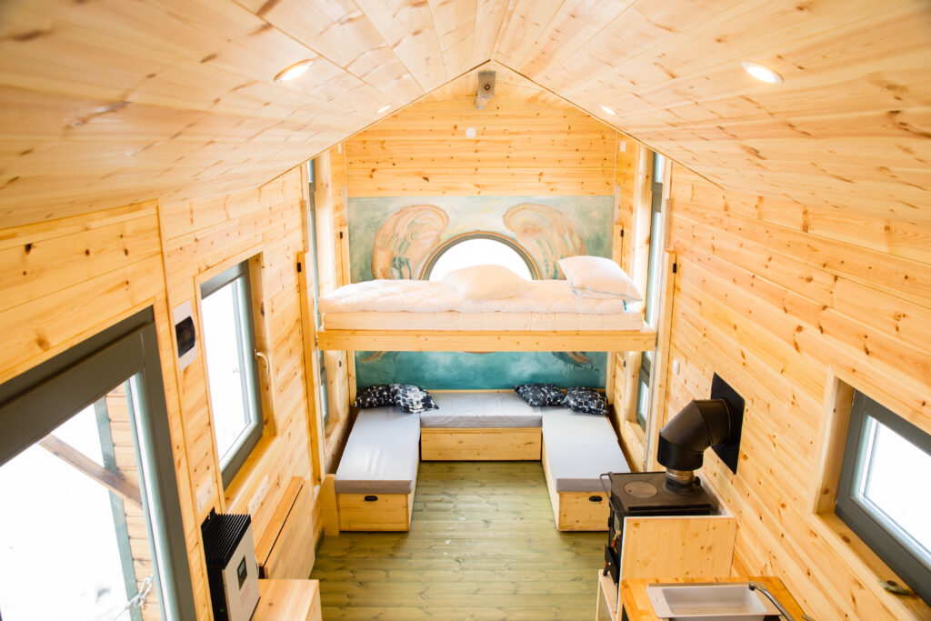 Is it cheaper to buy or to build a tiny house