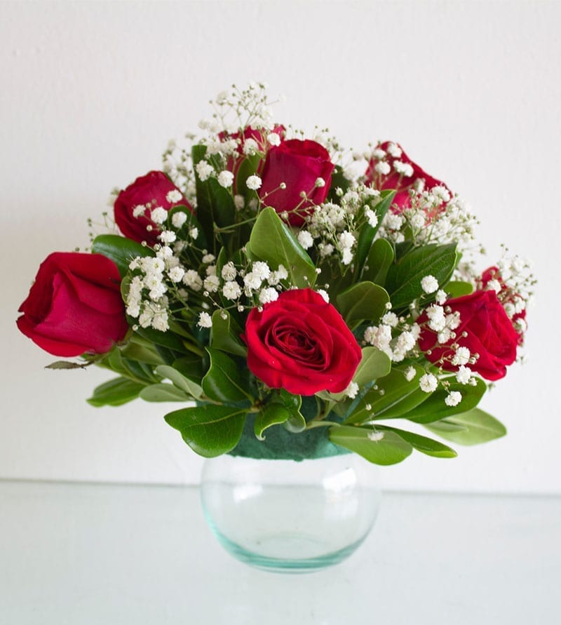 Send Online Flowers to Sharjah