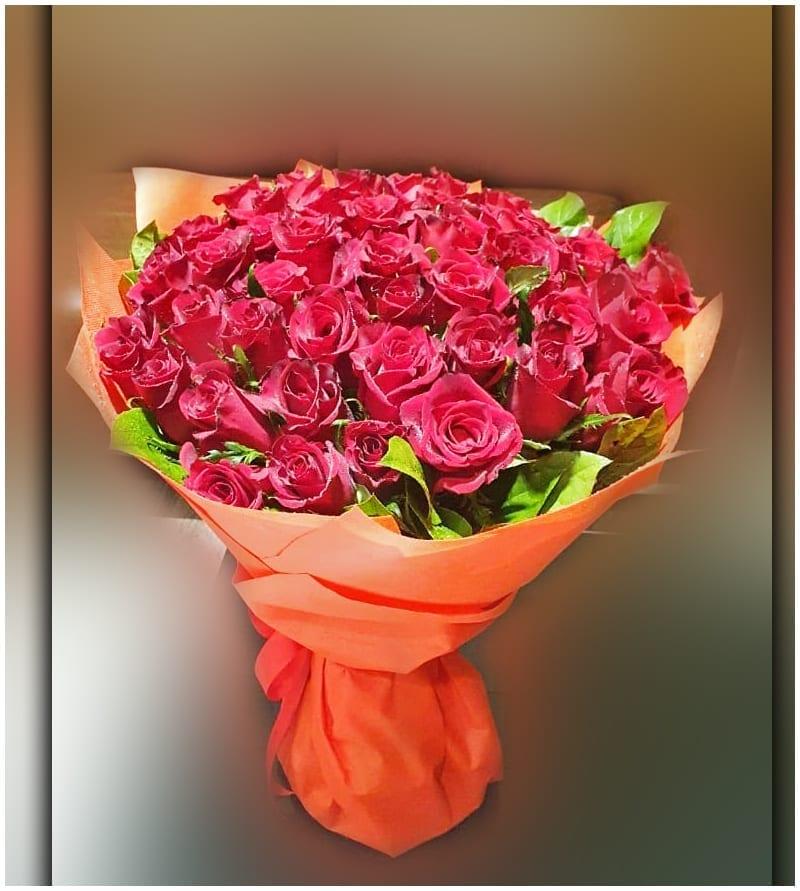 Red Roses Flower Dubai