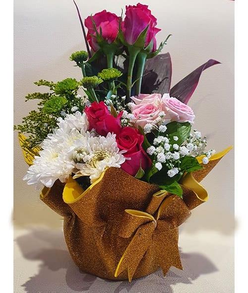 Flowers to Sharjah