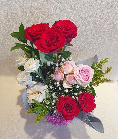 Anniversary Flowers to Dubai