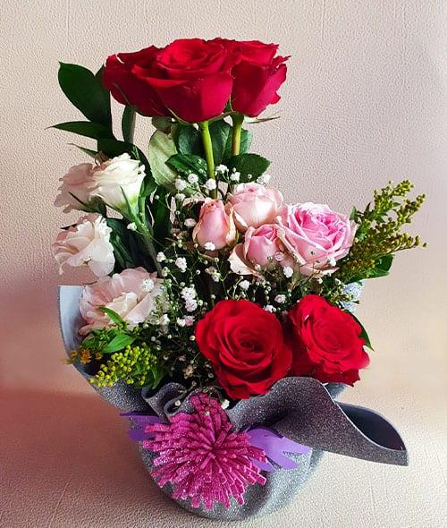 anniversary flowers to Sharjah