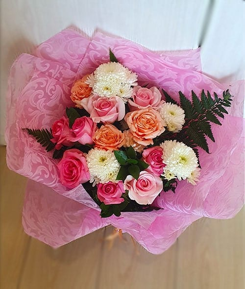 Online Flowers to ajman