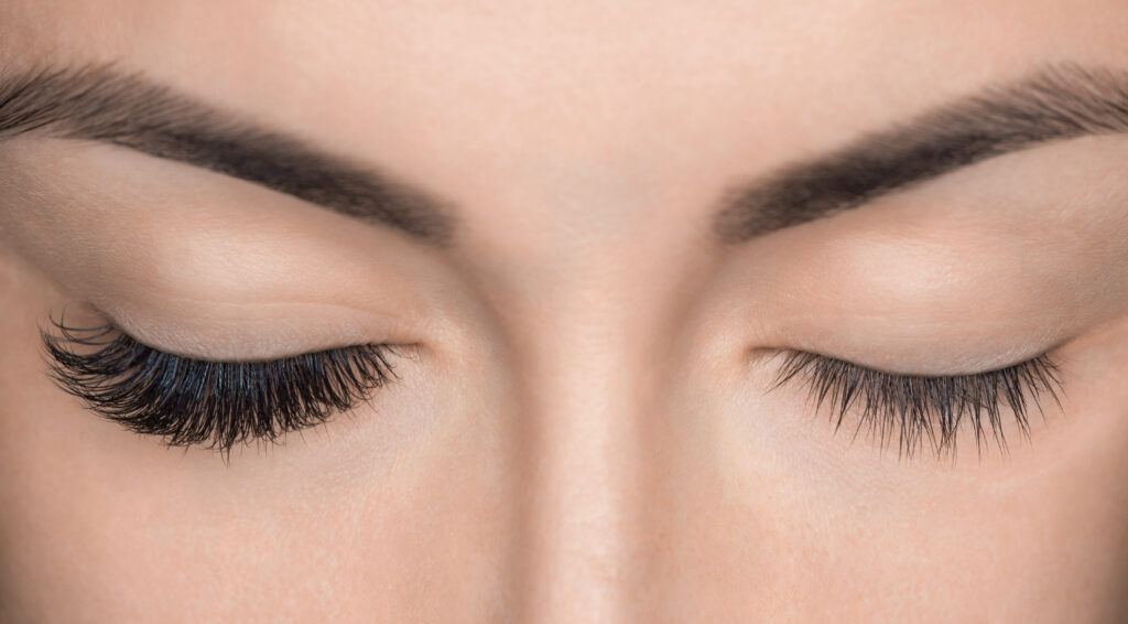eyelashes-volume-russian-course-london
