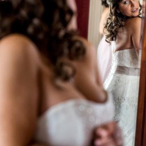 bride prep at shottle hall