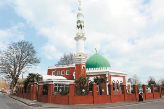 GN4_DAT_3292066.jpg--maidenhead_mosque_to_broadcast_all_to_prayer_on_sunday_