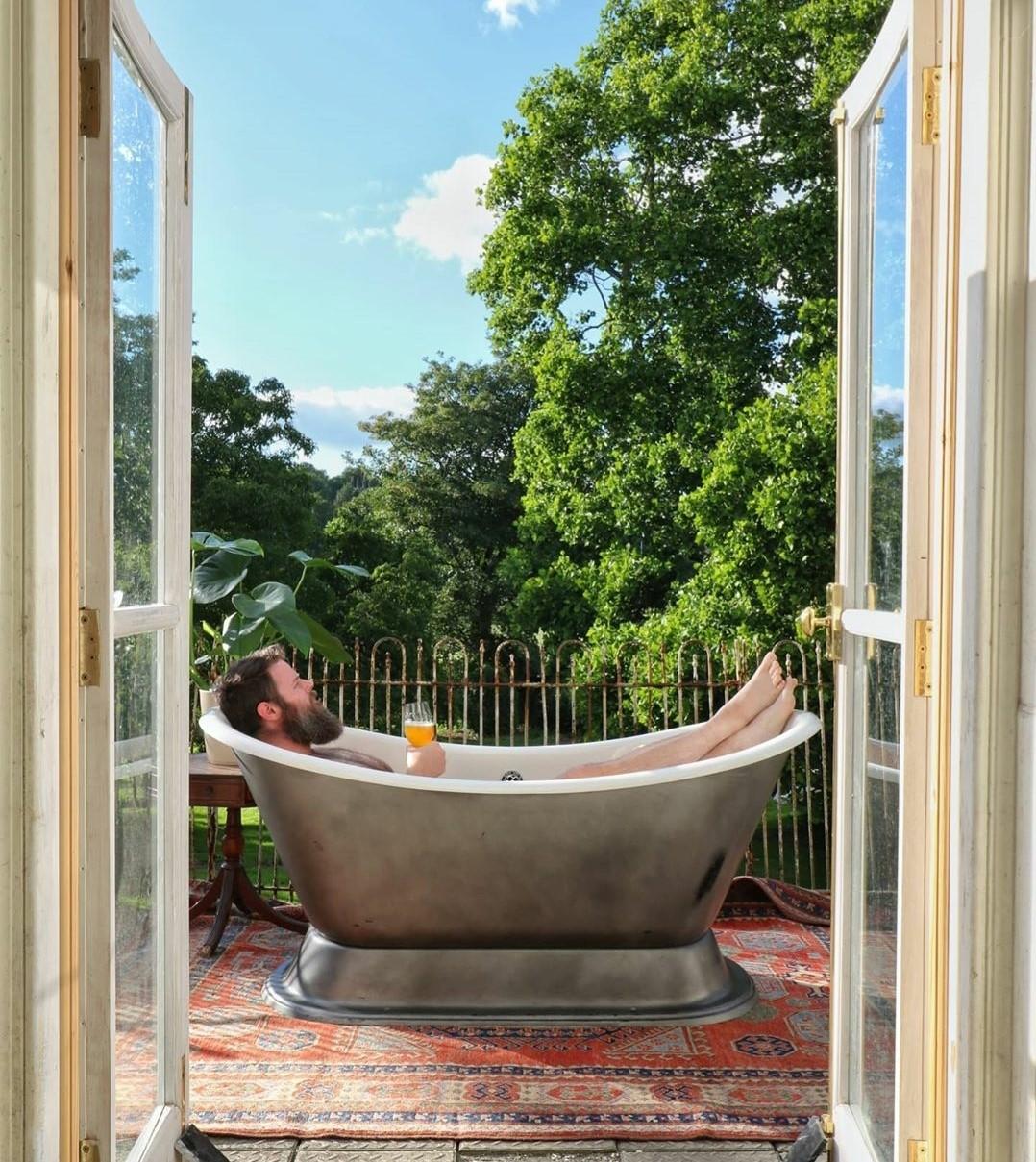 roll top rolltop clawfoot bathtub restoration DIY
