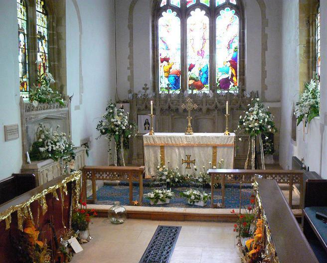 St Mary's Sompting 2007 Flower Festival: Altar display