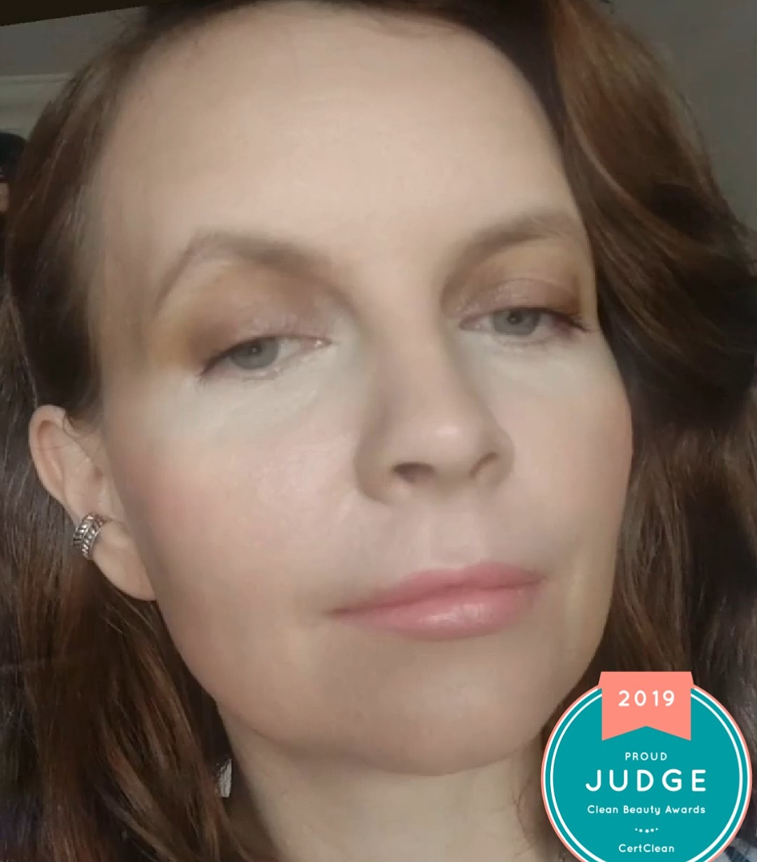 Cert Clean Judge, natural make up look