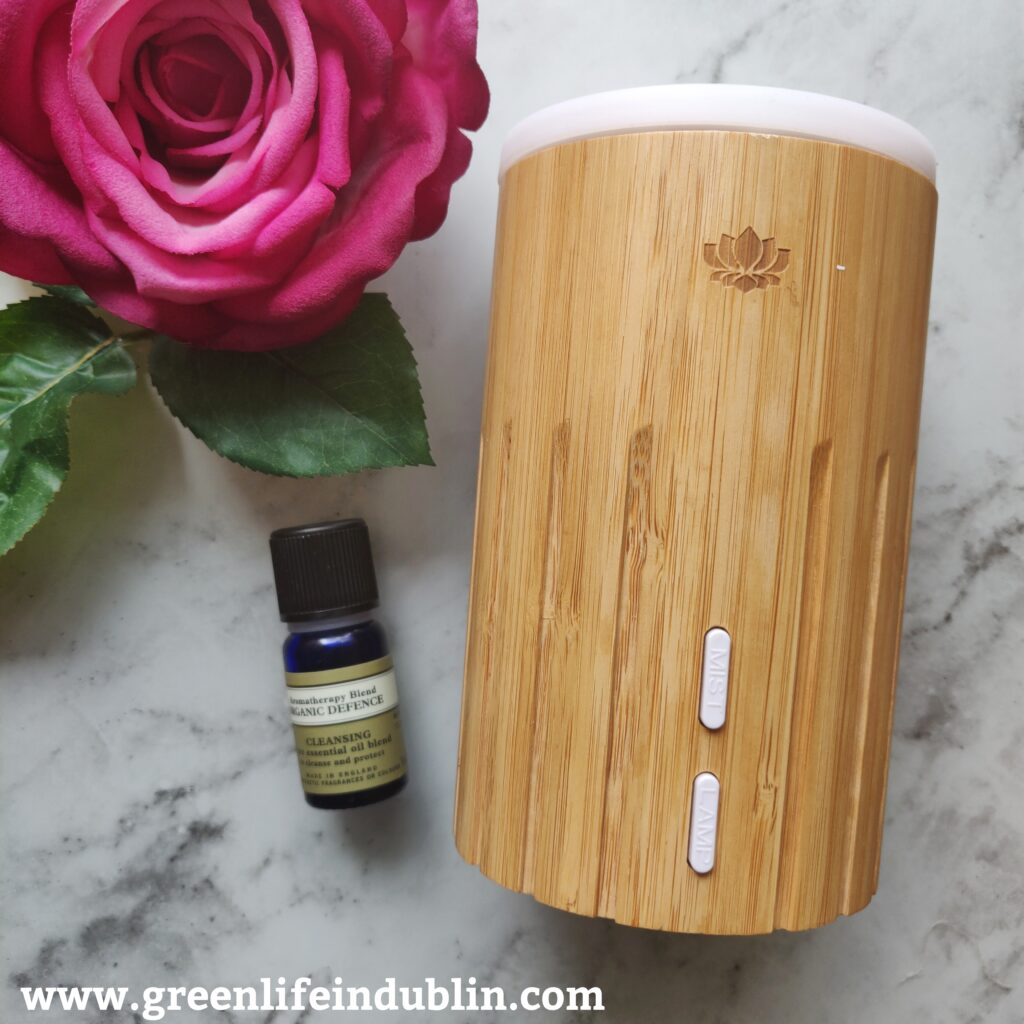 Neal's Yard Remedies Diffuser & Organic Defence EO