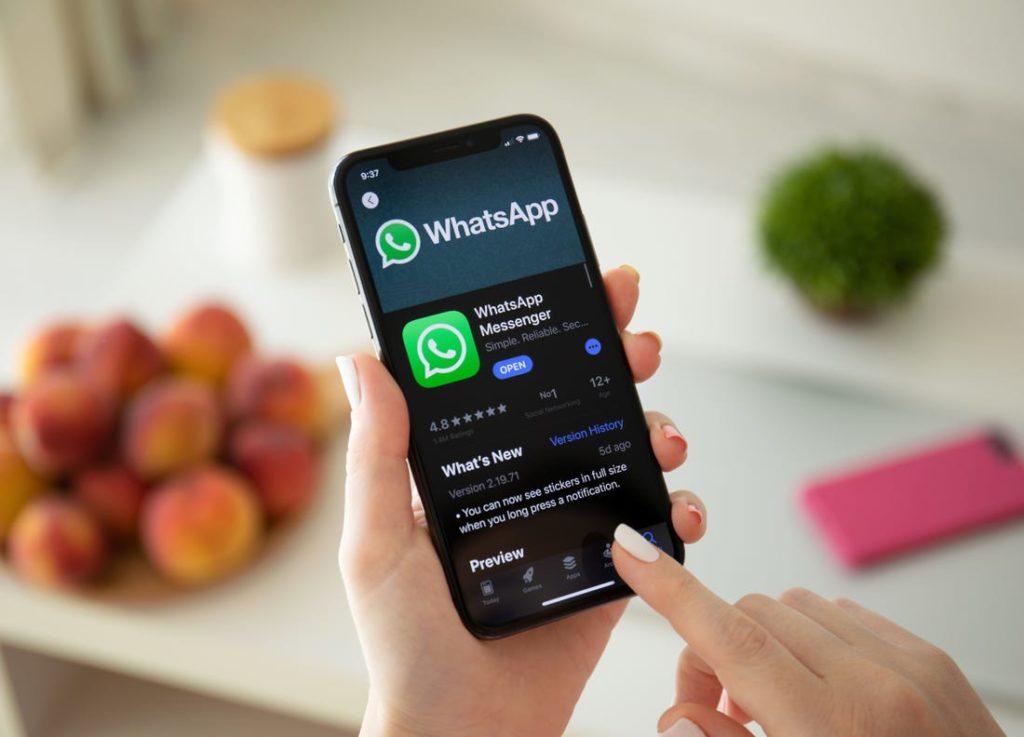 save whatsapp chat history
