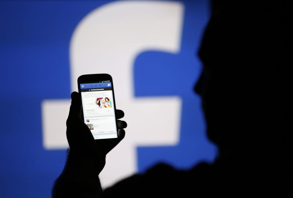 facebook safety safer internet facebook comment