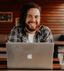 glad efter medarbetarsamtal online
