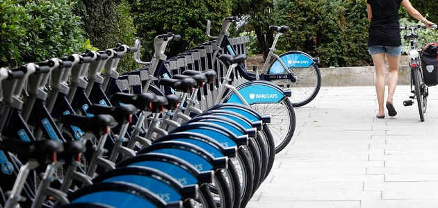 Rent a bike to speed through London!