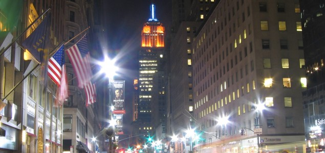 Fifth Avenue: One of the most famous shopping streets in New York