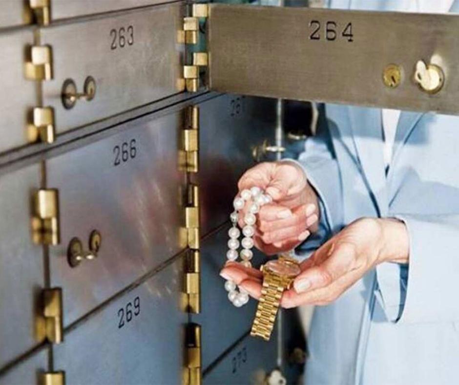 બેન્કના Lockerમાં કિંમતી સામાન રાખો છો?, તો આ વાંચો