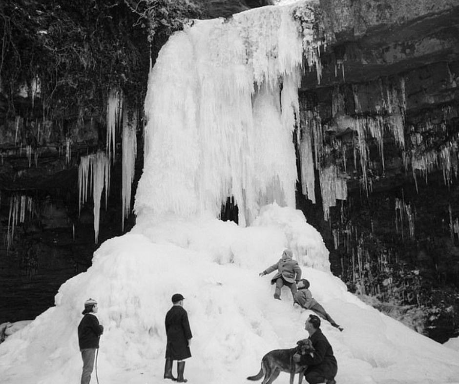1962-63માં બ્રિટનમાં એટલી બધી બરફવર્ષા થઈ કે દરિયો પણ બરફ થઈ ગયેલો, હાથીને ગરમ રાખવા રમ પીવડાવવો પડતો