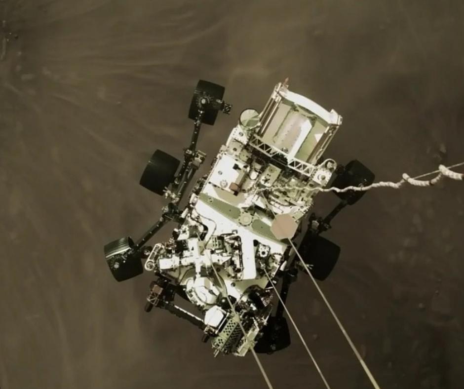 રાતા ગ્રહ મંગળની બ્લેક એન્ડ વ્હાઈટ તસવીરો ભૂતકાળ બની, પ્રીઝરવરન્સે મોકલ્યા કલરફુલ ફોટોગ્રાફ