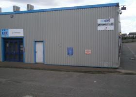 barton road, bletchley, milton keynes industrial clock property