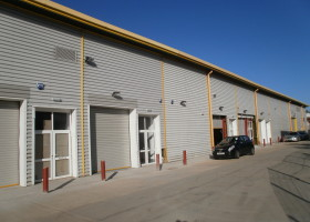 interchange industrial, newport pagnell clock property