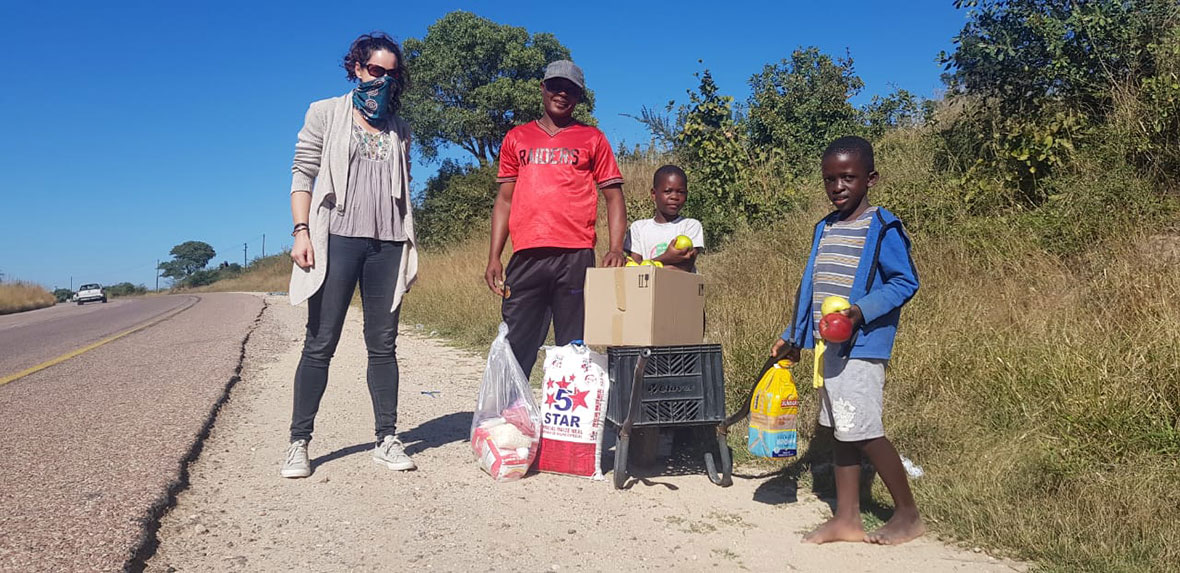 Tanda Tula - food parcels being shared amongst the community