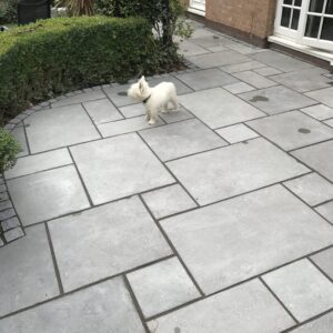 Grey Limestone - Natural Riven 18m² Project Pack