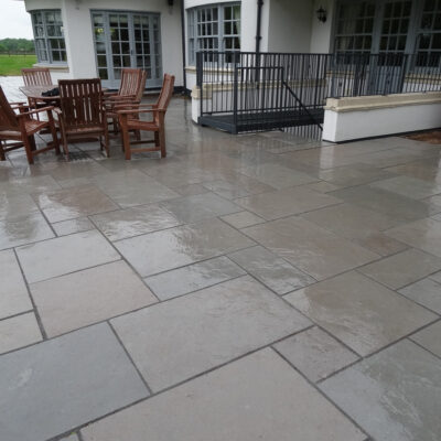 Grey Limestone - Brushed & Tumbled 18m² Project Pack