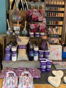 Cotswold Lavender Table