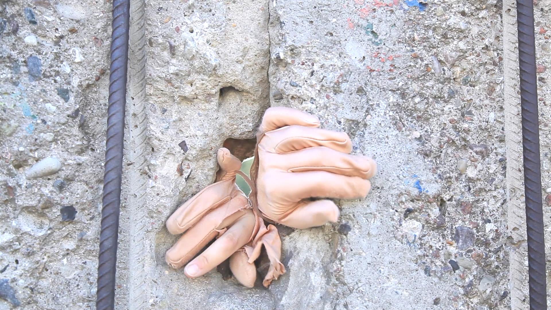 Mani e Muro