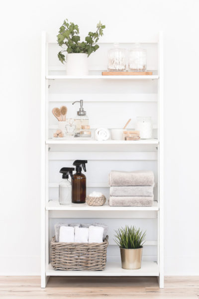 banish visual clutter in the bathroom