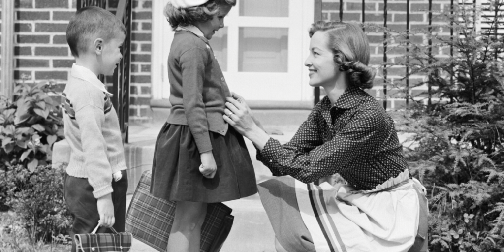 1950s school children -mum